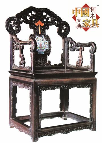 2檀雕花嵌珐琅扶手椅