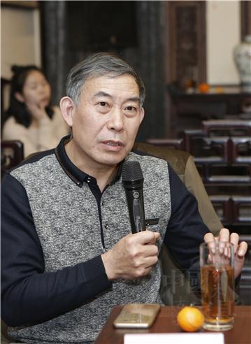13、原龙顺成总设计师田燕波发言