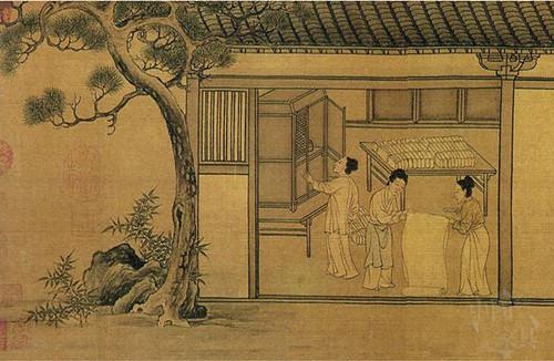 6、南宋佚名《蚕织图》中一处画面,描绘的是一位村妇正将蚕丝织物放入长桌上的橱内。_副本_副本
