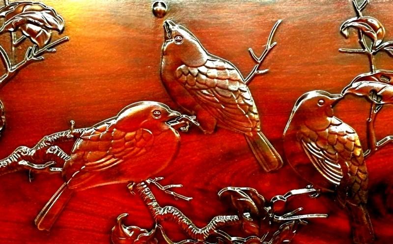 3、东源红木沙发背板雕刻花鸟山水纹饰_看图王